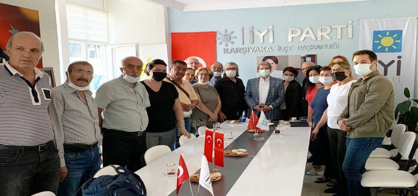 İyi Parti'li Çıray'dan İyi Parti Karşıyaka İlçe Başkanlığı'na ziyaret