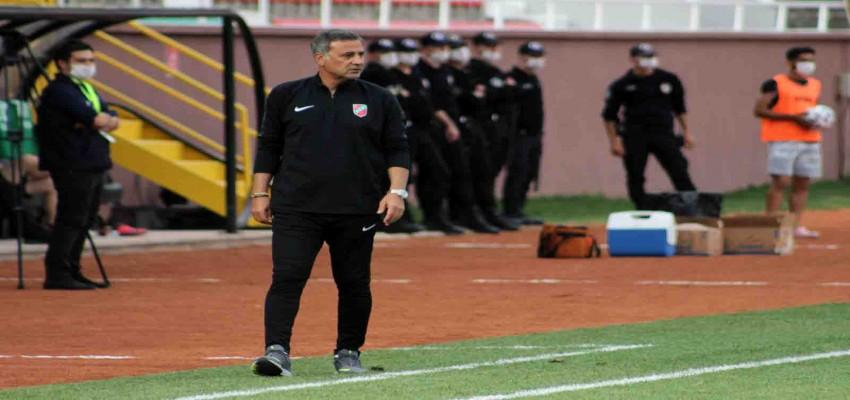 Tolungüç'ten futbolculara uyarı