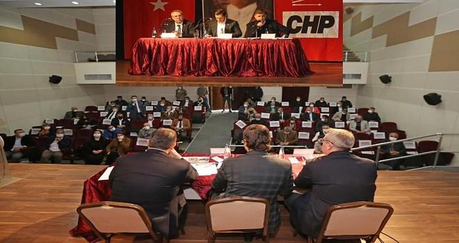 CHP, Karşıyaka esnafıyla bir araya geldi