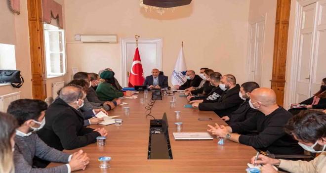 İzmir Büyükşehir İzmirli sanatçılara 1,5 milyon liralık katkı sağlayacak