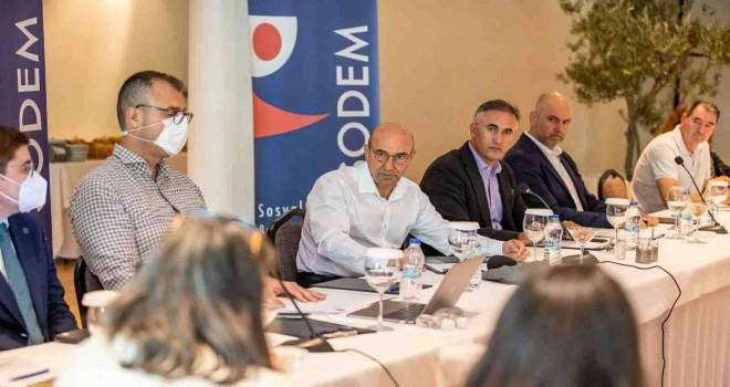 11 CHP'li büyükşehir belediyesi ortak orman politikası belirliyor