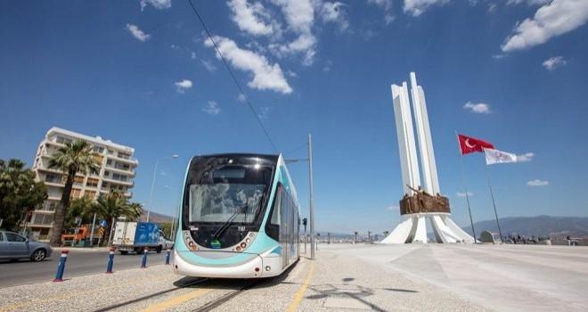Karşıyaka Tramvayı günde 30 bin yolcu taşıyor