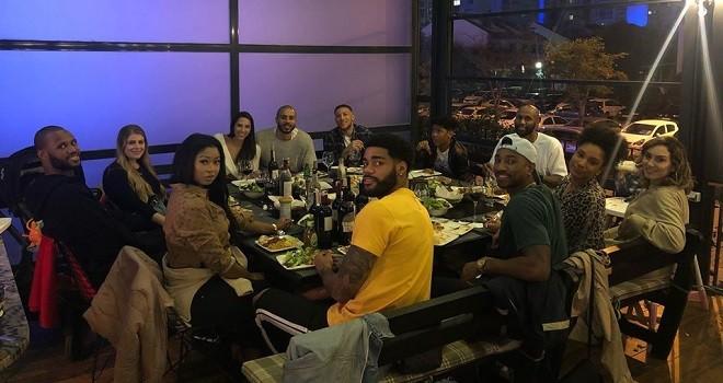 Pınar Karşıyaka'nın yabancıları Fritto'da şükran yemeğinde buluştu...