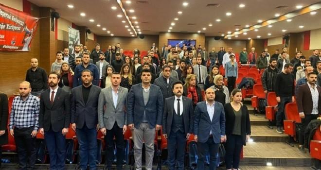 CHP Karşıyaka Gençlik Kolu başkanını seçti