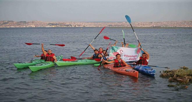 Karşıyakalı gençler Karşıyaka'ya sahip çıkıyor