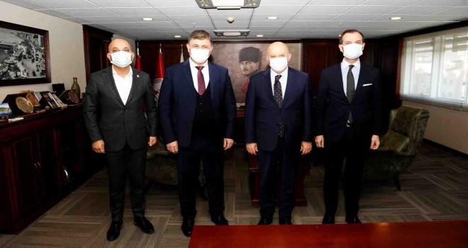 CHP Yüksek Disiplin Kurulu Başkanı'ndan Cemil Tugay'a ziyaret