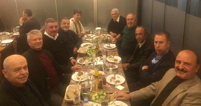 Akhisarlılar Etçi Ahmet'te çok keyifli...