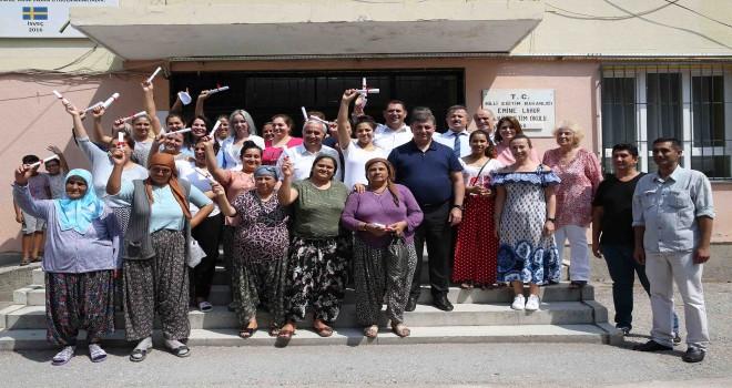 Karşıyaka'da Roman kadınlar meslek sahibi oldu
