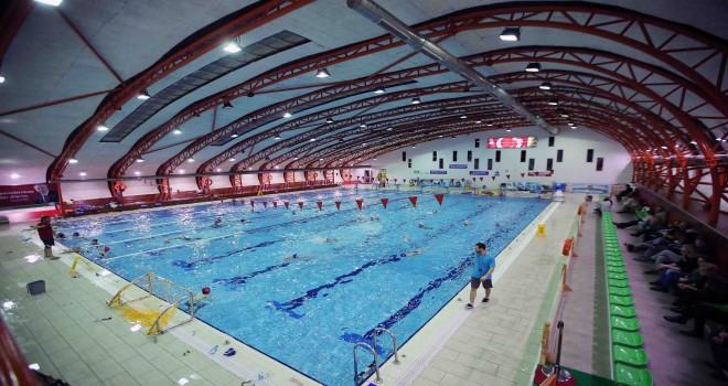 Karşıyaka Belediyesi Yüzme Havuzu'na ''Temiz Havuz'' sertifikası