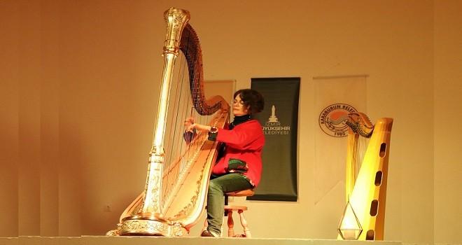 Karaburun'da büyüleyen arp melodileri…