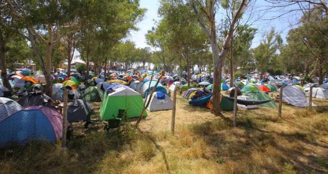 Pamucak Sahili'nde yaz ve müzik kampı