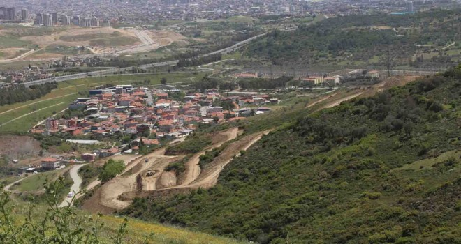 Karabağlar'da TOKİ'nin konut yapım ihalesi iptal edildi