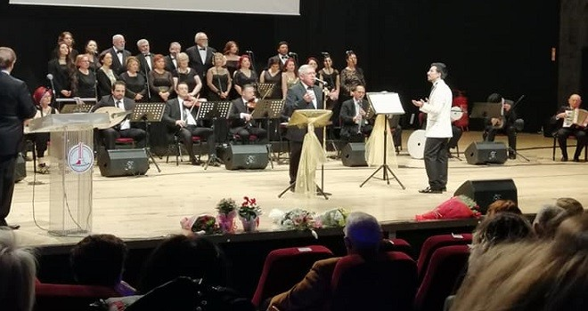 Karşıyaka Halk Eğitim Merkezi'nden muhteşem konser