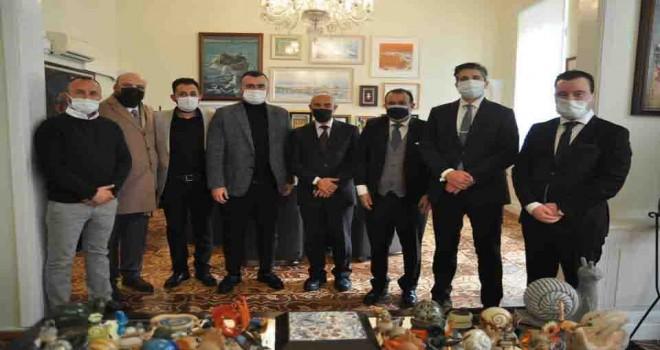 İZVAK Dinamik Grup, Başkan Soyer ile bir araya geldi