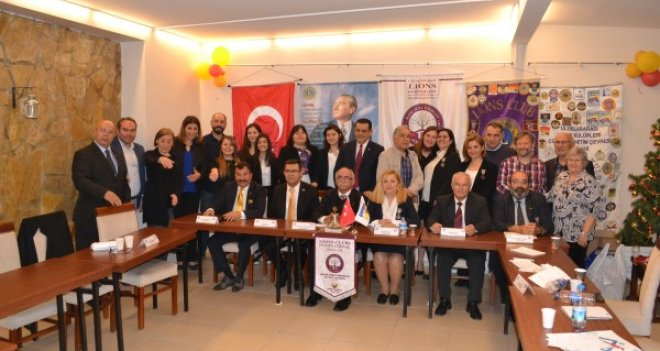 Gençlerarası Münazara Yarışması'nı Karşıyaka Lions Kulübü kazandı