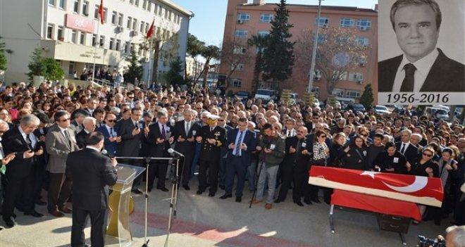 Hakim Özdemir, gözyaşları içerisinde son yolculuğuna uğurlandı