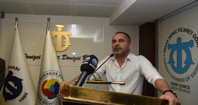 İMEAK DTO İzmir Şubesi'nde Öztürk yeniden başkan