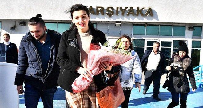 İZDENİZ'in 16 milyonuncu yolcusu Karşıyaka'dan...