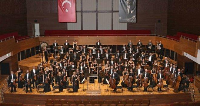 İzmir Devlet Senfoni Orkestrası & Arkas Trio Konseri Celsus Kütüphanesi'nde