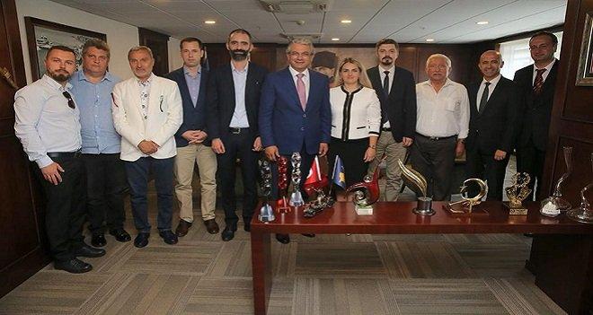 Karşıyaka Belediyesi'ne kardeş şehirden konuk geldi...