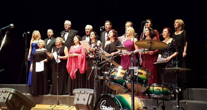 Karşıyaka Seskem Korosu'ndan Sakız Adası'nda konser