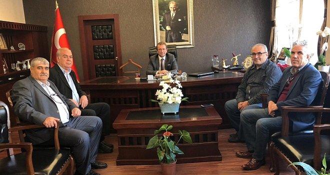 Karşıyakalı amatör futbol kulüpleri Kaymakam'ı ziyaret etti