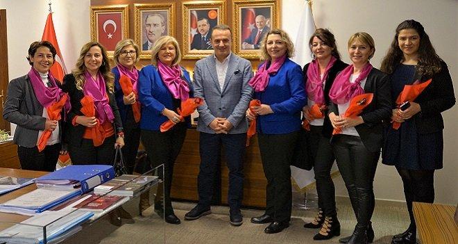 Karşıyakalı dernekler Ak Parti İl Başkanını ziyaret etti