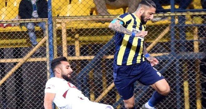 Karşıyaka'nın eski futbolcusu uyuşturucudan 4 yıl ceza aldı!