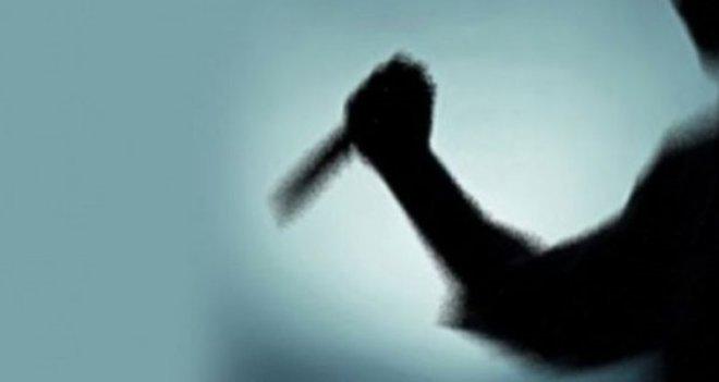Lise öğrencisi kendisini takip eden arkadaşı ve ağabeyini bıçakladı...