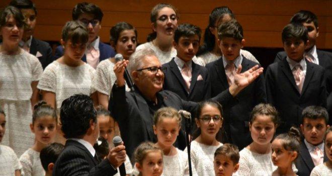 LÖSEV 20.yılını muteşem bir konserle kutladı