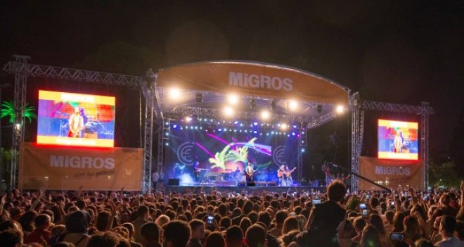 Migros sponsorluğundaki Buray konserine rekor ilgi