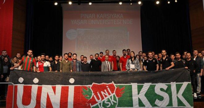 Pınar Karşıyaka, Yaşar Üniversitesi'nde öğrencilerle buluştu
