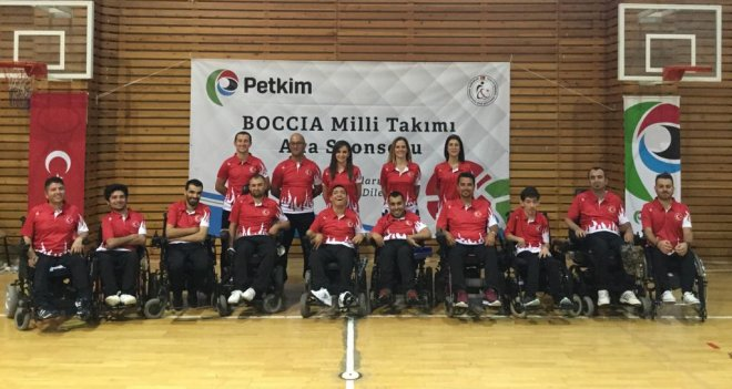 Tekerlekli Sandalye Boccia Milli Takımı Karşıyaka'da kampta